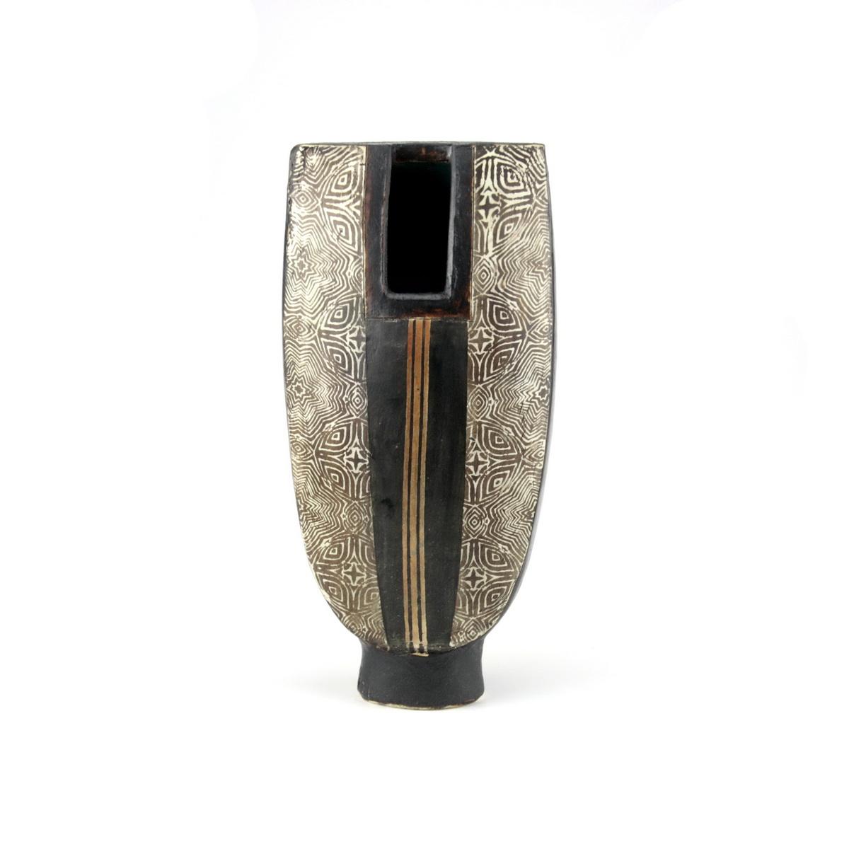 Pot with stripe 30x13cm  £360 - P23