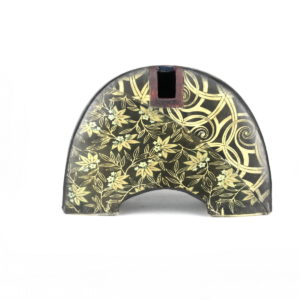 Arched pot £420